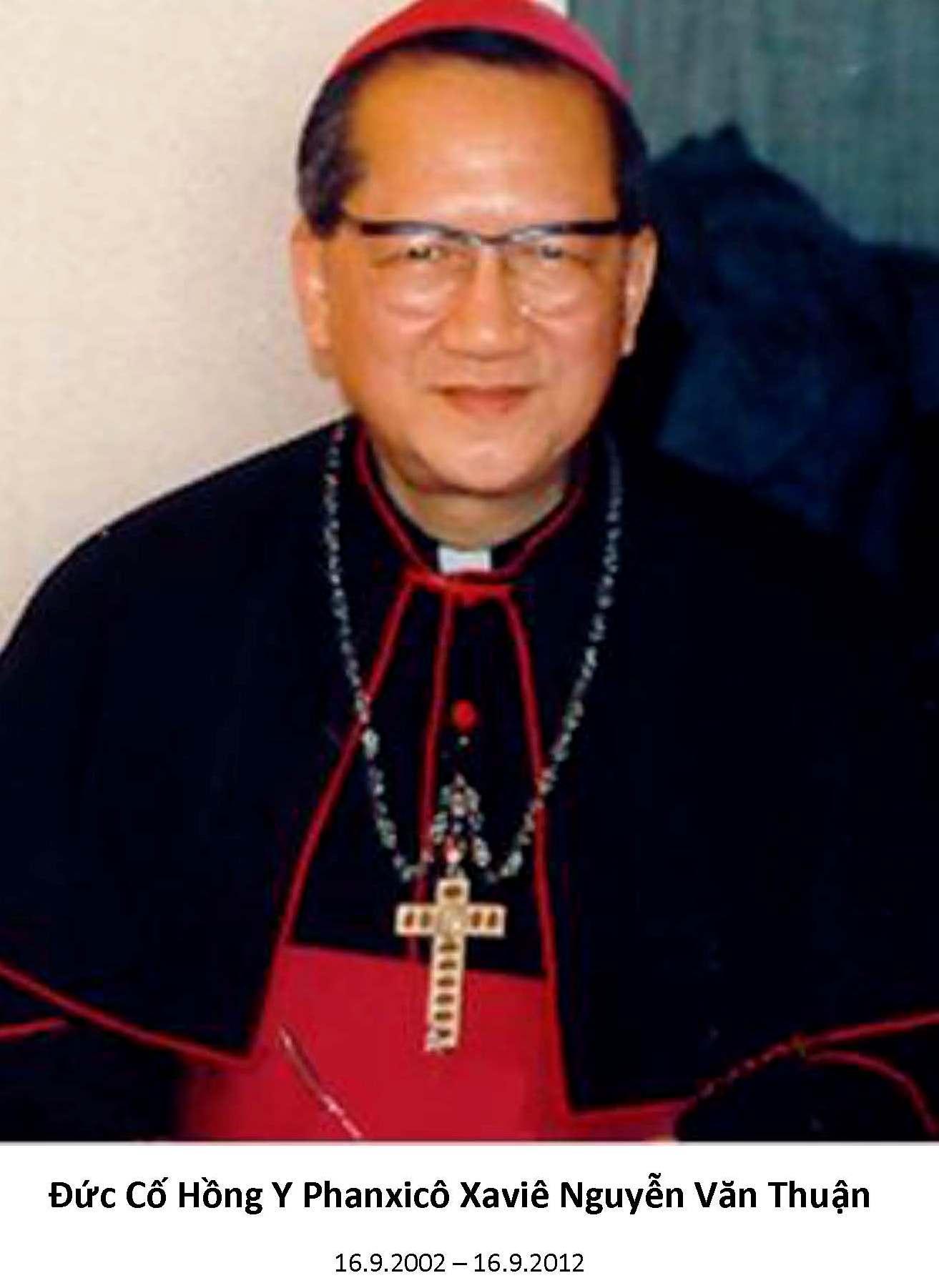 Hình Ảnh Mừng Lễ kỷ niệm 11 năm ngày Thiên Chúa gọi Đức Cố Hồng Y Phanxicô Xaviê Nguyễn Văn Thuận, Tôi tớ Chúa, ra khỏi thế gian ngày 16/9/2013